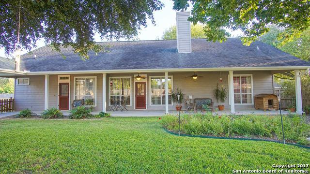 368 Las Brisas Blvd, Seguin, TX 78155 (MLS #1269410) :: Magnolia Realty