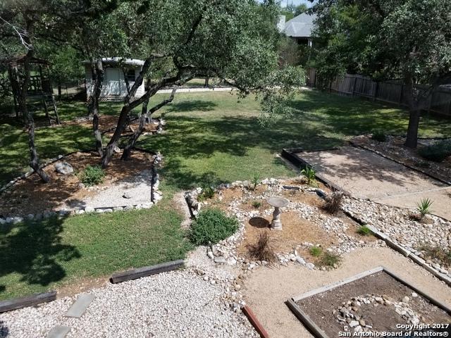 135 Sagecrest Dr, Hollywood Pa, TX 78232 (MLS #1270102) :: Ultimate Real Estate Services