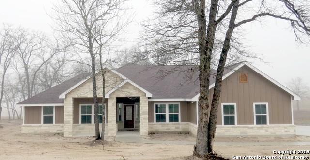 153 Great Oaks Blvd, La Vernia, TX 78121 (MLS #1275814) :: Ultimate Real Estate Services