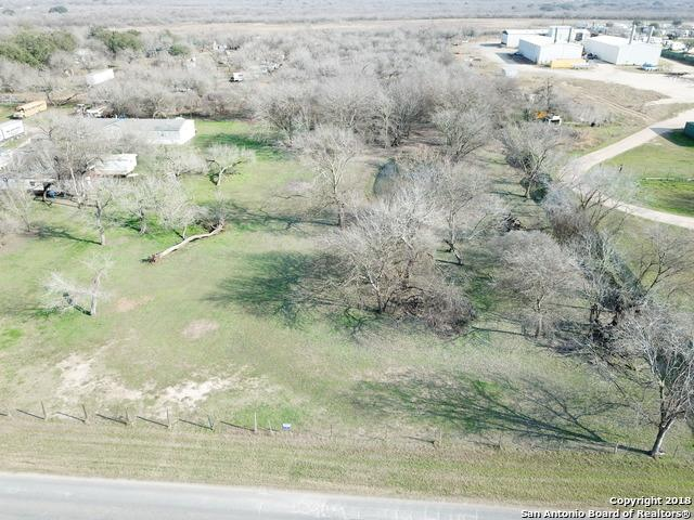 13228 Donop Rd, Elmendorf, TX 78112 (MLS #1285380) :: Ultimate Real Estate Services
