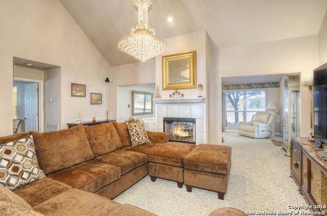 5721 Fairways, Schertz, TX 78108 (MLS #1288308) :: Exquisite Properties, LLC