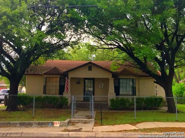 227 E Gerald Ave, San Antonio, TX 78214 (MLS #1304753) :: Magnolia Realty