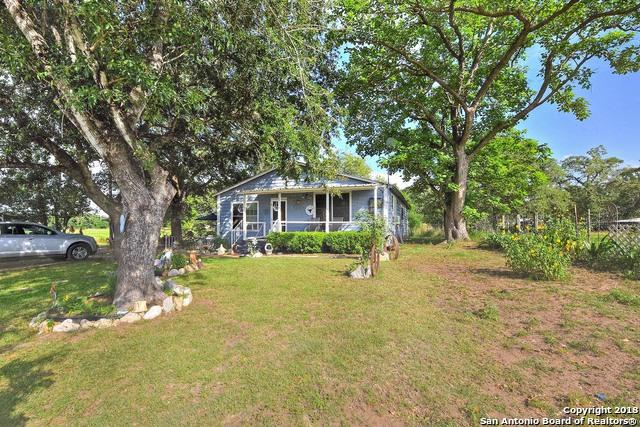 15521 E Highway 90, Kingsbury, TX 78638 (MLS #1309479) :: The Suzanne Kuntz Real Estate Team