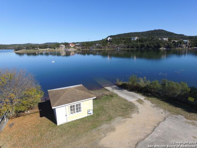 126 Harbour View, Lakehills, TX 78063 (MLS #1311624) :: Berkshire Hathaway HomeServices Don Johnson, REALTORS®