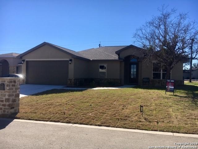 103 Ellis Maples, New Braunfels, TX 78130 (MLS #1338547) :: Berkshire Hathaway HomeServices Don Johnson, REALTORS®