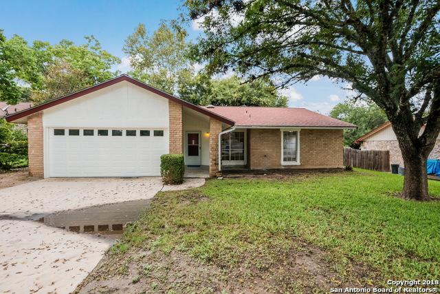 8215 Capricorn Dr, Universal City, TX 78148 (MLS #1339124) :: The Suzanne Kuntz Real Estate Team