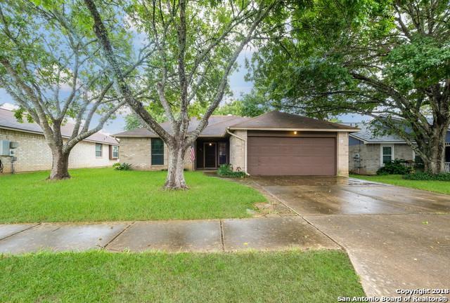 1052 Dimrock, Schertz, TX 78154 (MLS #1342241) :: Alexis Weigand Real Estate Group