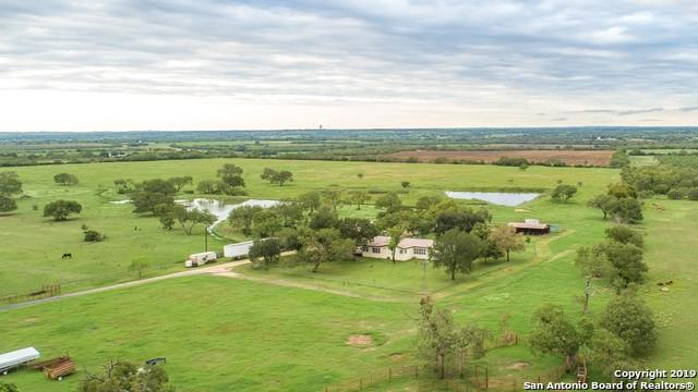 15075 E Lupon Rd, St Hedwig, TX 78152 (MLS #1343816) :: Vivid Realty
