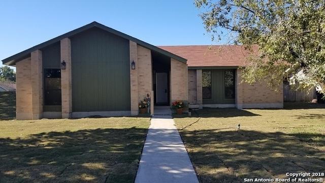 5 Roselawn Circle, New Braunfels, TX 78130 (MLS #1344073) :: Exquisite Properties, LLC