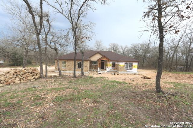 114 Champions Blvd, La Vernia, TX 78121 (MLS #1359447) :: Alexis Weigand Real Estate Group
