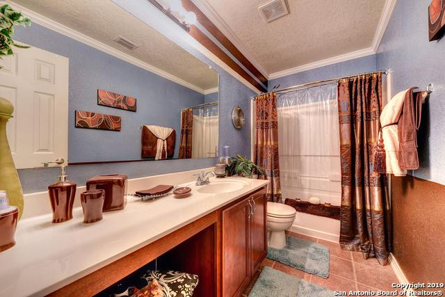 9306 Mimosa Manor, San Antonio, TX 78245 (MLS #1361225) :: ForSaleSanAntonioHomes.com