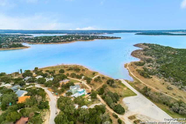 1125 Hillcrest Forest, Canyon Lake, TX 78133 (MLS #1364935) :: The Castillo Group