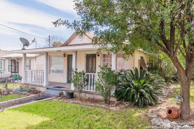 128 Teresa, San Antonio, TX 78214 (MLS #1365319) :: River City Group