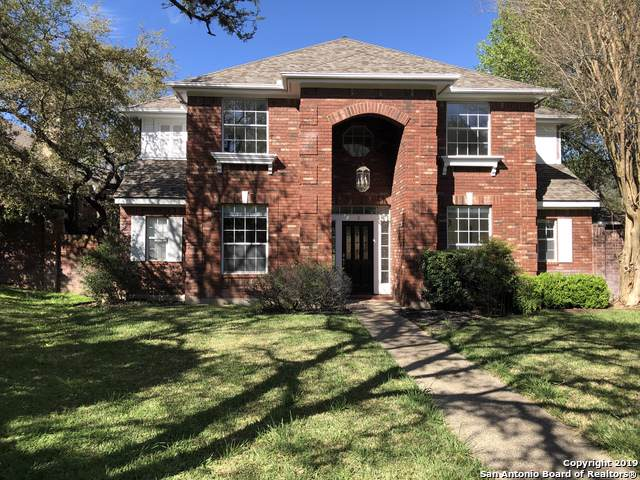2 Inwood Way Dr, San Antonio, TX 78248 (MLS #1370133) :: The Gradiz Group