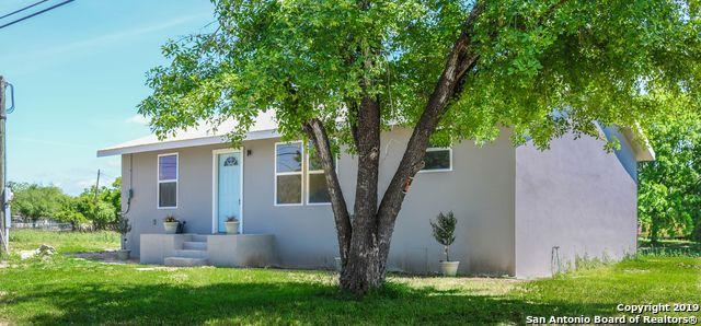 640 Avenue J, Poteet, TX 78065 (MLS #1375507) :: Exquisite Properties, LLC