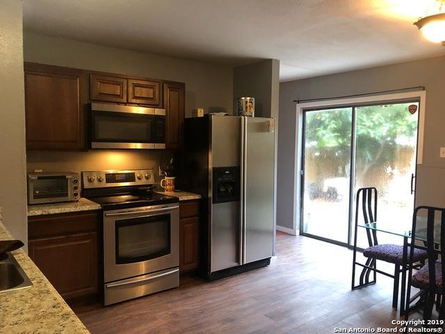 4727 Swann Ln, Kirby, TX 78219 (MLS #1376969) :: BHGRE HomeCity