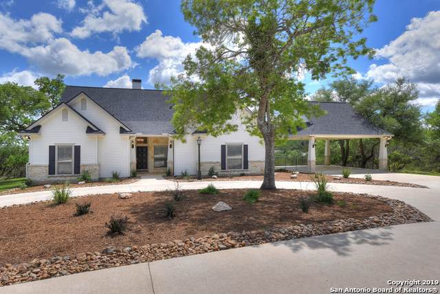 148 Walnut Grove Rd, Boerne, TX 78006 (#1378640) :: The Perry Henderson Group at Berkshire Hathaway Texas Realty