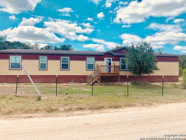 134 Skyline Dr, Bandera, TX 78003 (MLS #1381536) :: BHGRE HomeCity