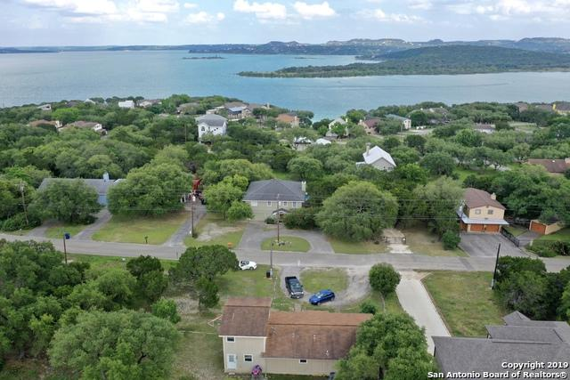 1548 Skyline Hill, Canyon Lake, TX 78133 (MLS #1385653) :: The Castillo Group
