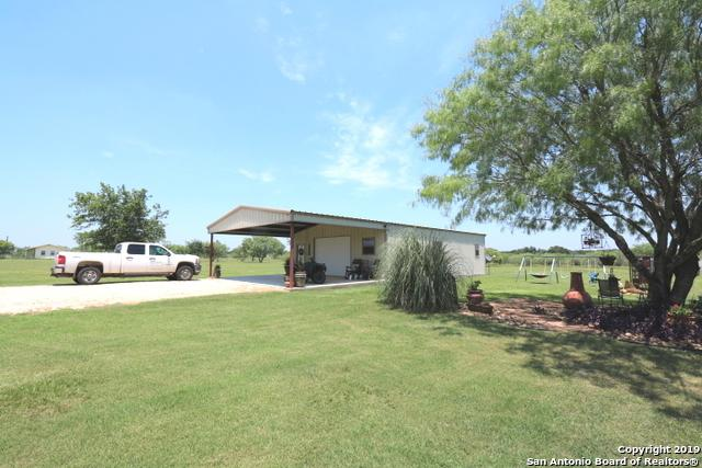 265 County Road 323, Adkins, TX 78101 (MLS #1387255) :: The Mullen Group   RE/MAX Access