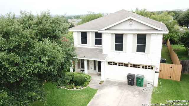 231 Bridle Ridge, San Antonio, TX 78227 (#1387781) :: The Perry Henderson Group at Berkshire Hathaway Texas Realty