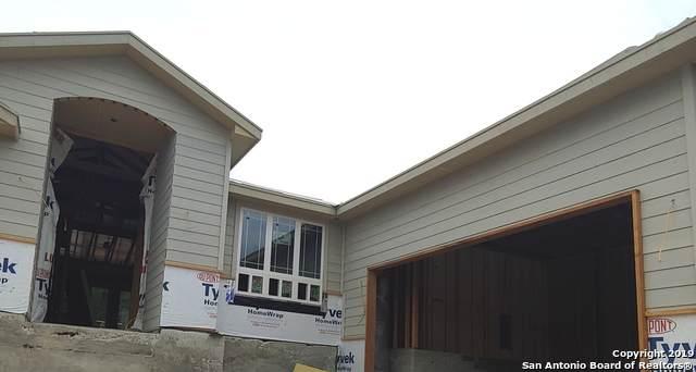 1131 Flagstone Dr, Fischer, TX 78623 (MLS #1389902) :: BHGRE HomeCity