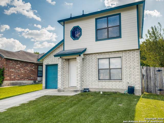 2227 Dalhart Pass, San Antonio, TX 78245 (MLS #1398055) :: BHGRE HomeCity