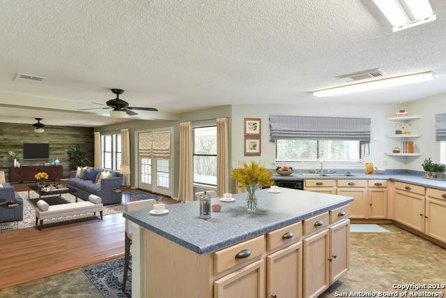 6919 Barrington Ct, San Antonio, TX 78249 (MLS #1399663) :: Alexis Weigand Real Estate Group
