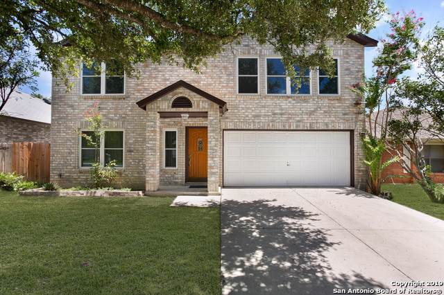 13934 Grove Patch, San Antonio, TX 78247 (#1399729) :: The Perry Henderson Group at Berkshire Hathaway Texas Realty