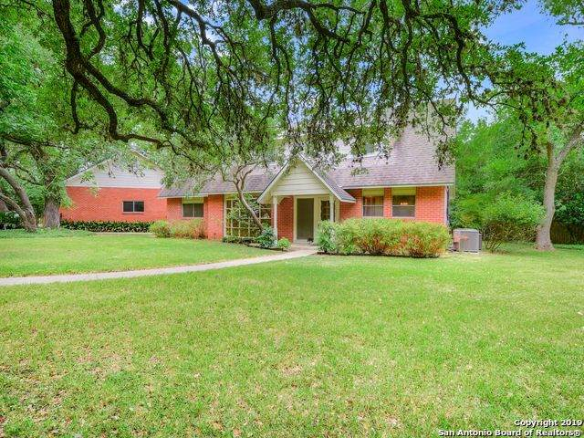 15475 La Salle, San Antonio, TX 78248 (MLS #1400944) :: Alexis Weigand Real Estate Group