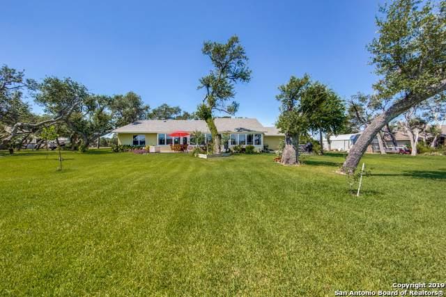 415 St Francis Circle, Rockport, TX 78382 (MLS #1401288) :: BHGRE HomeCity