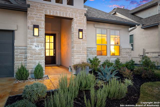 302 Gulfton, Austin, TX 78738 (MLS #1420960) :: Alexis Weigand Real Estate Group