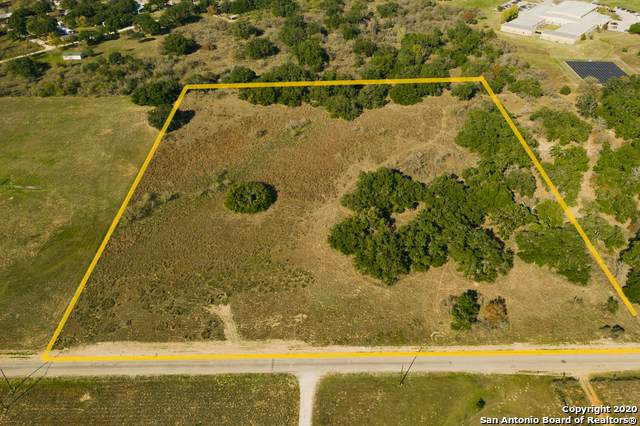 CR 6717 County Road 6717, Natalia, TX 78059 (#1431382) :: The Perry Henderson Group at Berkshire Hathaway Texas Realty