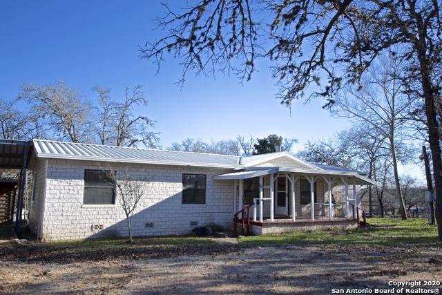 64 Post Oak Rd, La Vernia, TX 78121 (MLS #1433507) :: LindaZRealtor.com