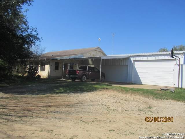 356 County Road 416, Stockdale, TX 78160 (MLS #1437055) :: BHGRE HomeCity