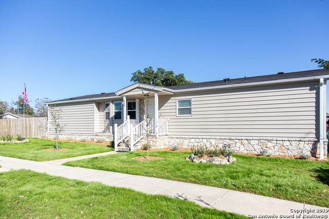 176 Bluebonnet Circle, Boerne, TX 78006 (MLS #1439619) :: ForSaleSanAntonioHomes.com