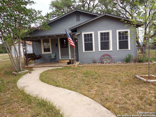 5237 State Highway 16 S, Bandera, TX 78003 (MLS #1446359) :: Keller Williams Heritage