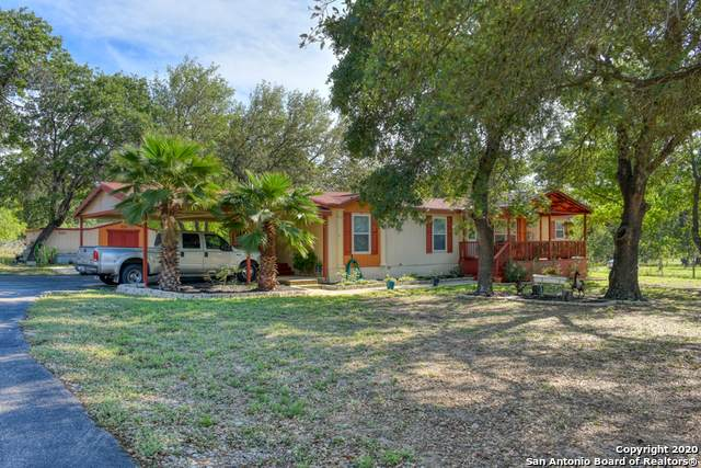 1227 Eagle Creek Dr, Floresville, TX 78114 (MLS #1448300) :: The Mullen Group | RE/MAX Access
