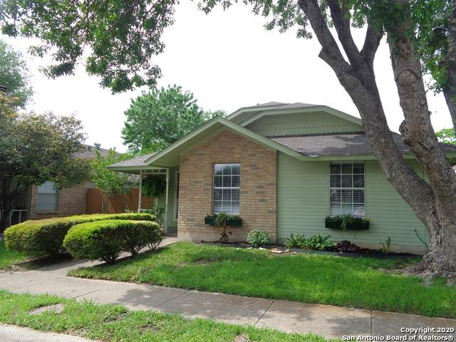 720 Meadow Arbor Ln, Universal City, TX 78148 (MLS #1449218) :: The Gradiz Group