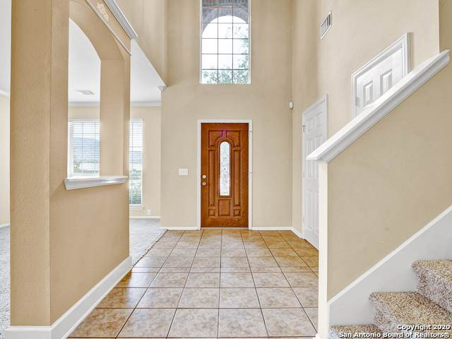 10402 Canyon River, Helotes, TX 78023 (MLS #1462656) :: Reyes Signature Properties
