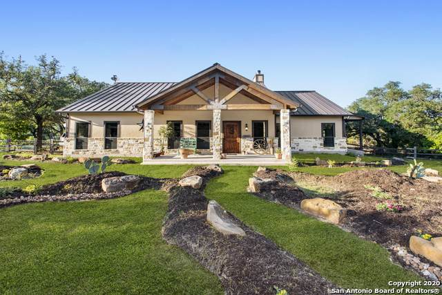 550 Bluff Creek Rd N, Center Point, TX 78010 (MLS #1464841) :: Alexis Weigand Real Estate Group