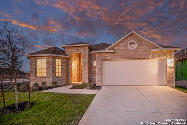 1059 Buffalo Grove, New Braunfels, TX 78130 (MLS #1472450) :: BHGRE HomeCity San Antonio