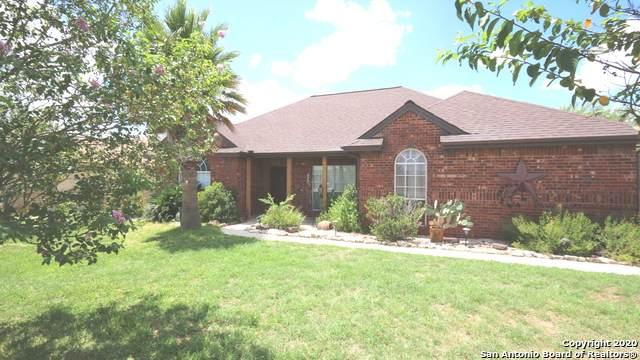 161 Turnberry Dr, La Vernia, TX 78121 (MLS #1476378) :: Neal & Neal Team