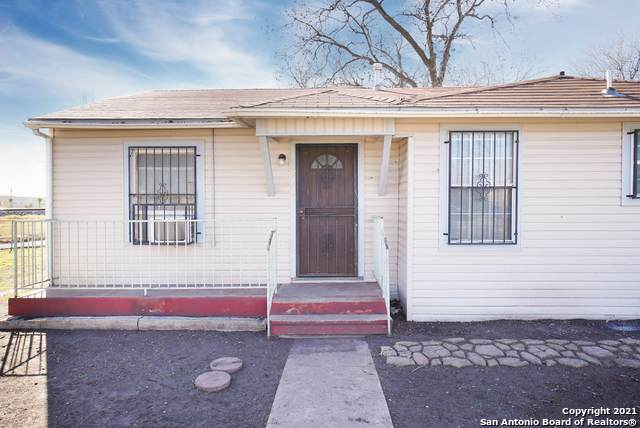 2714 Roselawn Rd, San Antonio, TX 78226 (MLS #1504349) :: The Lugo Group