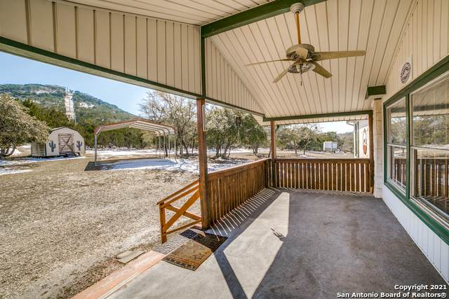 295 Country View Dr, Pipe Creek, TX 78063 (MLS #1509481) :: Concierge Realty of SA