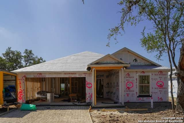 1125 Eagle Crossing, Seguin, TX 78155 (MLS #1514321) :: Real Estate by Design