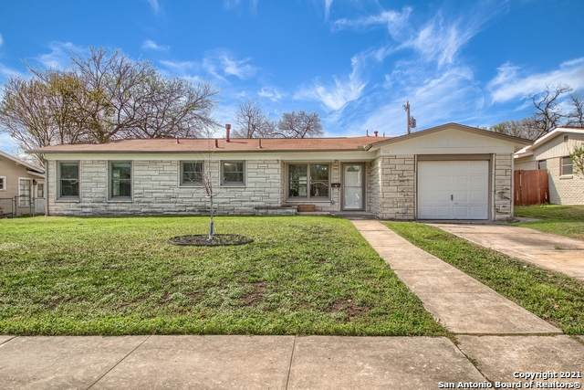 322 Waxwood Ln, San Antonio, TX 78216 (MLS #1516458) :: The Real Estate Jesus Team