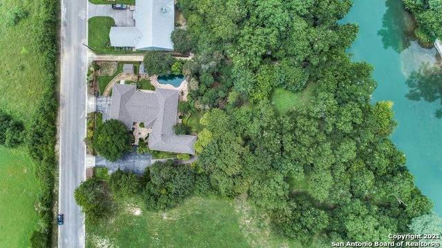 1225 River Terrace, New Braunfels, TX 78130 (MLS #1517806) :: Texas Premier Realty