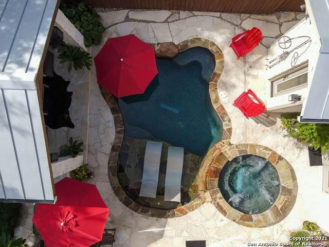 939 Hayselton Ave, New Braunfels, TX 78130 (MLS #1517940) :: Carter Fine Homes - Keller Williams Heritage