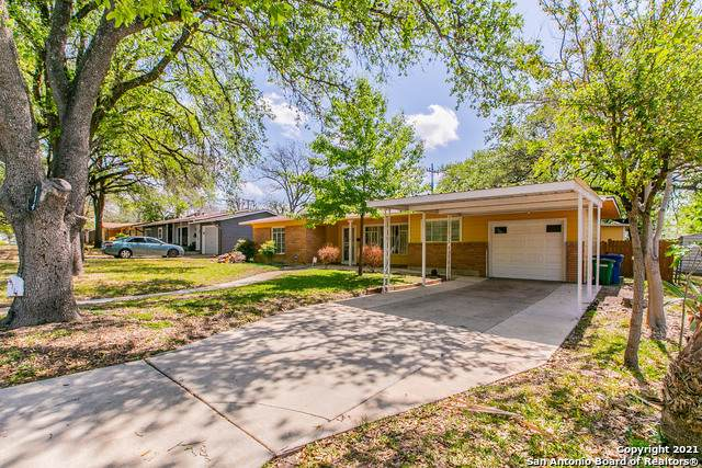 414 Westhill Pl, San Antonio, TX 78201 (MLS #1518496) :: The Lopez Group